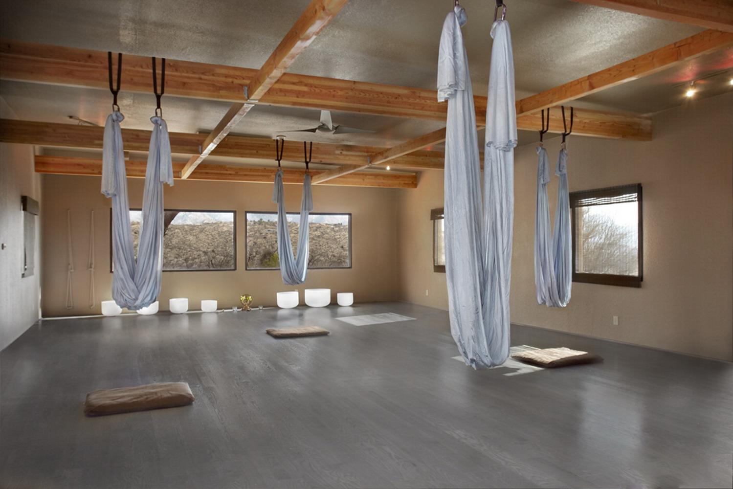 空中瑜伽館室內裝修效果圖