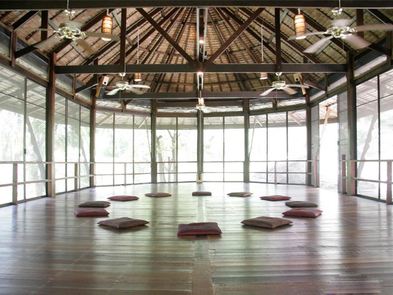 瑜伽開闊館室內裝修效果圖