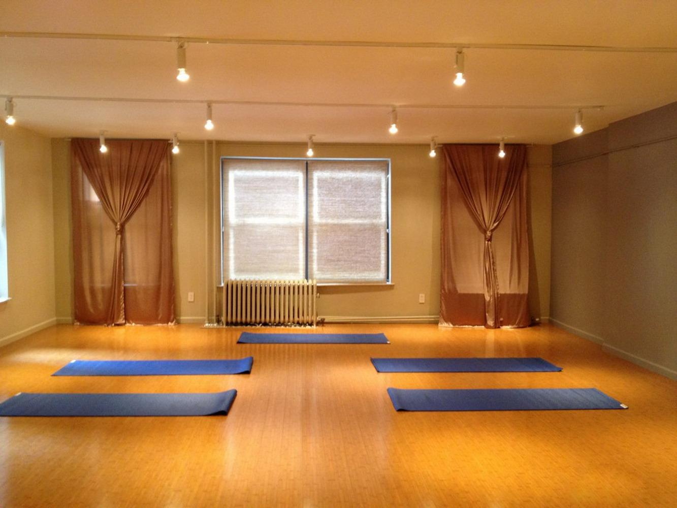 小平米瑜伽館室內裝修效果圖