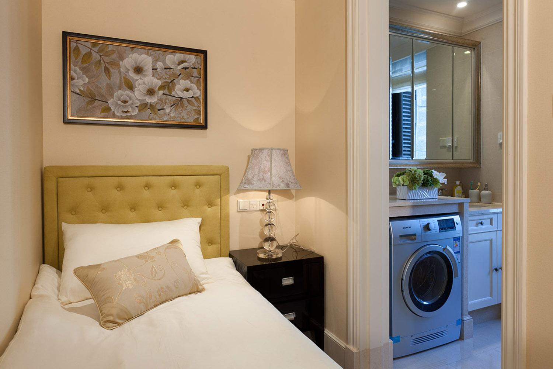 現代美式客廳裝修設計方案之二:典雅品位。